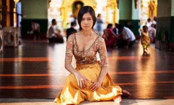 颜值爆表!女摄影师实拍37国平民女神