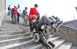 """西安古城墙配""""爬楼机""""-爬66级台阶不到5分钟.jpg"""
